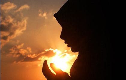 12 Woman's Glories in Islam